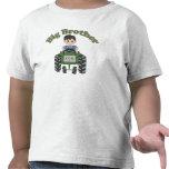 Tractor verde mayor de hermano camiseta