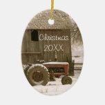 Tractor y ornamento del navidad del granero ornamentos de navidad