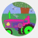 Tractores y libélulas etiqueta redonda