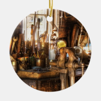 Trade - Handyman - Messy Workbench Ornament