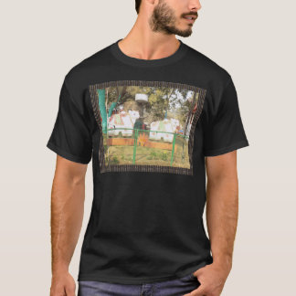 Traditional Cow Statue Art from Indian Suraj Kund T-Shirt