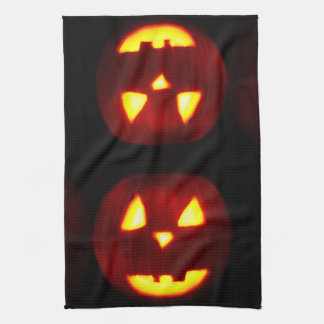 TRADITIONAL HALLOWEEN PUMPKIN towel