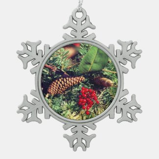 Traditional Snowflake Pewter Christmas Ornament