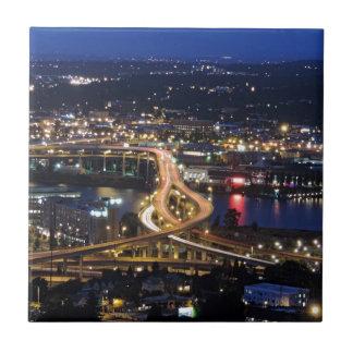 Tráfico de Portland en la oscuridad Azulejo Cuadrado Pequeño