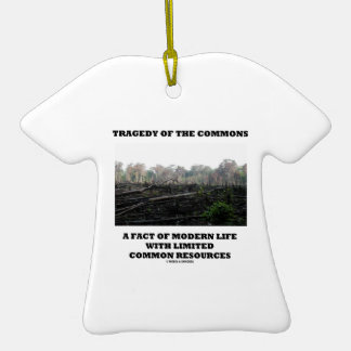 Tragedia de los campos comunes un hecho de la vida ornaments para arbol de navidad