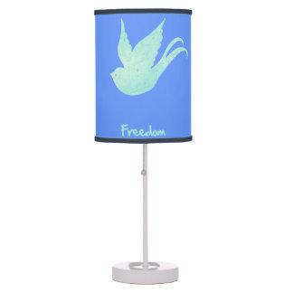 Trago de la libertad lámpara de mesa