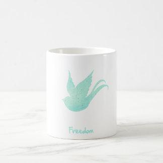 Trago de la libertad taza básica blanca