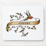 Trago y voluta con poesía alfombrillas de ratones