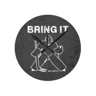 Tráigale el portero del hockey reloj redondo mediano
