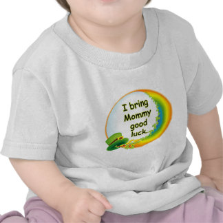 Traigo a mamá buena suerte camiseta