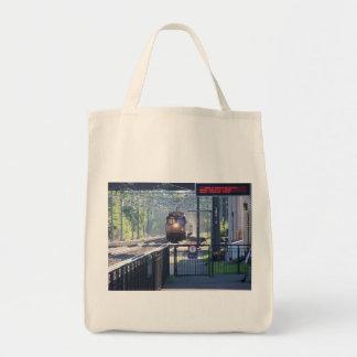 train bags