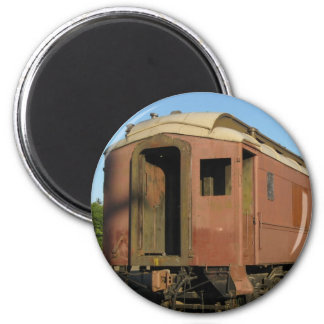 """ Train Magnet ! """