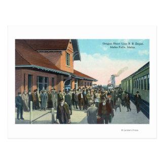 Train Passengers De-Boarding Postcard