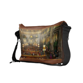 Train Station - Waiting in Grand Central 1904 Messenger Bag