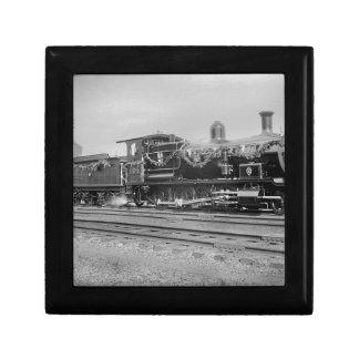 train steam locomotive engine old railway railroad jewelry box