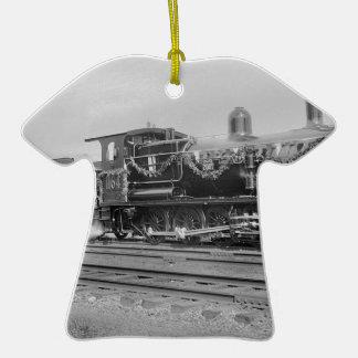 train steam locomotive engine old railway railroad christmas tree ornaments