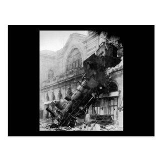 Train Wreck at Montparnasse, railroad disaster Postcard