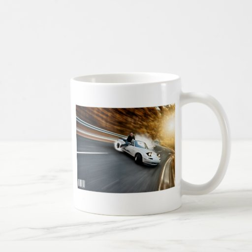 Trainera loca del automóvil descubierto taza básica blanca