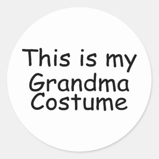 Traje de la abuela pegatina redonda