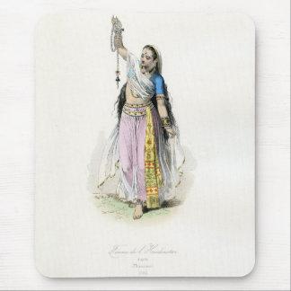 Traje tradicional de la mujer india mouse pads
