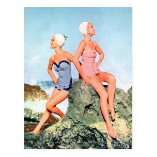 ¡Trajes de baño de las mujeres del vintage y casqu Tarjeta Postal