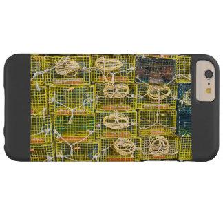 Trampas amarillas de la langosta apiladas en funda barely there iPhone 6 plus
