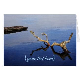 Tranquilidad del extracto del borde del lago tarjeta de felicitación