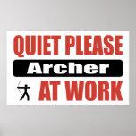 Tranquilidad por favor Archer en el trabajo Posters