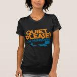 Tranquilidad… soy por favor hungover camiseta