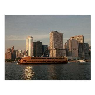 Transbordador de Staten Island y torres gemelas en Postal
