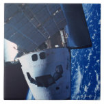 Transbordador espacial atracado 3 azulejo ceramica