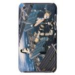 Transbordador espacial atracado iPod Case-Mate coberturas