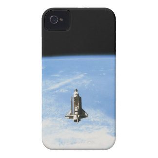 Transbordador espacial en la órbita 3 Case-Mate iPhone 4 protectores