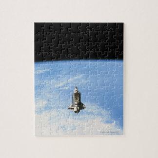 Transbordador espacial en la órbita 3 puzzle con fotos