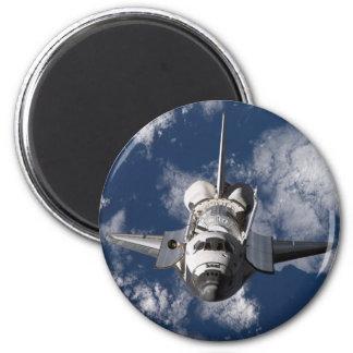 Transbordador espacial en tierra que está en órbit imán redondo 5 cm