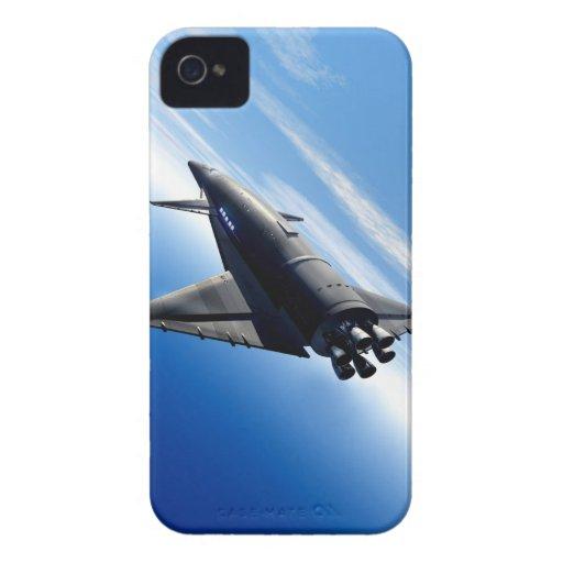 Transbordador espacial futurista iPhone 4 Case-Mate coberturas