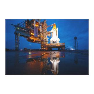 Transbordador espacial listo para el lanzamiento impresiones en lienzo estiradas