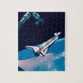 Transbordador espacial y estación en órbita puzzles