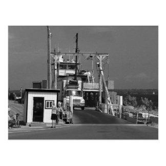 Transbordador magnífico de la isla postal