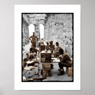 Transcripción y operadores de radio en ruinas póster