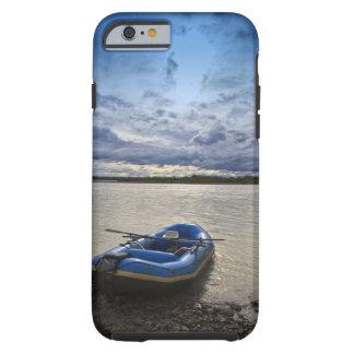 Transportando en balsa en el río de Talkeetna, Funda De iPhone 6 Tough