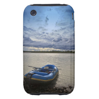 Transportando en balsa en el río de Talkeetna, iPhone 3 Tough Fundas