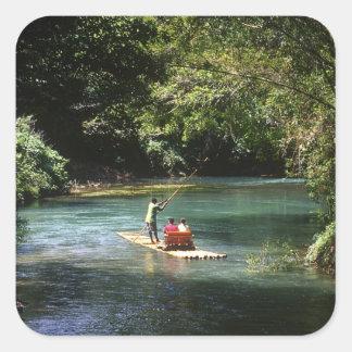 Transportando en balsa en el río del Brae de Marth Calcomanías Cuadradas