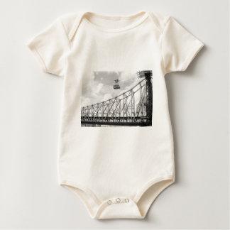 Tranvía de la isla de Roosevelt, NYC, foto análoga Body Para Bebé