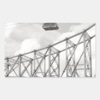 Tranvía de la isla de Roosevelt, NYC, foto análoga Pegatina Rectangular