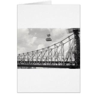 Tranvía de la isla de Roosevelt, NYC, foto análoga Tarjeta De Felicitación