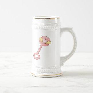 Traqueteo de las niñas jarra de cerveza