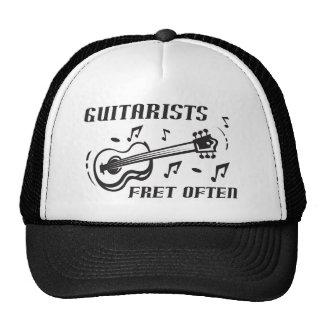 Traste de los guitarristas a menudo gorras