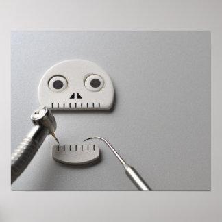 Tratamiento dental esquelético póster