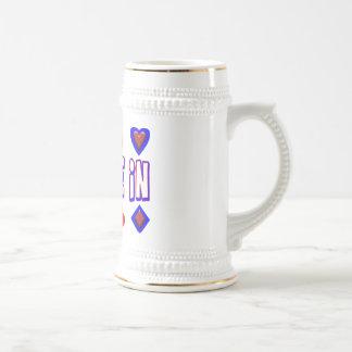 Tráteme en naipes taza de café
